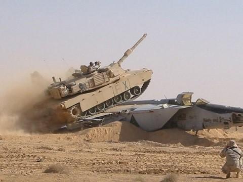 M1A2-Crush-Mig25